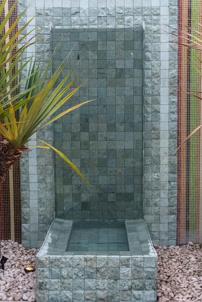 Pedra Hijau Lisa e Bruta - Revestimentos Naturais